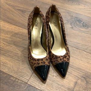 Ann Taylor loft Leopard heels size 10